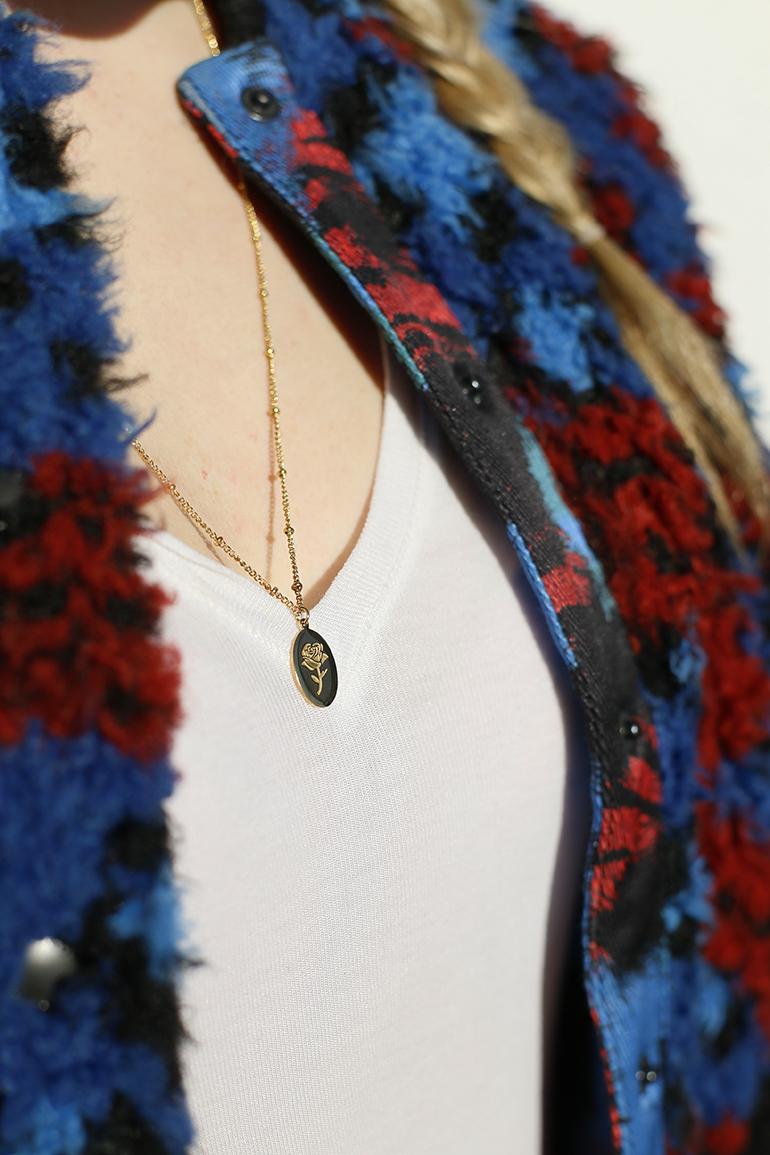 valentijnsoutfit, valentijnsdag, valentijnslook, my jewellery, subtiele sieraden, vintage sieraden, valentijnscadeau, teddy bomber, knieelaarzen, amber fillerup, haartutorial valentijnsdag, fashionblogger, arnhem, ideeën voor je valentijnslook, invlechten, boxy braids